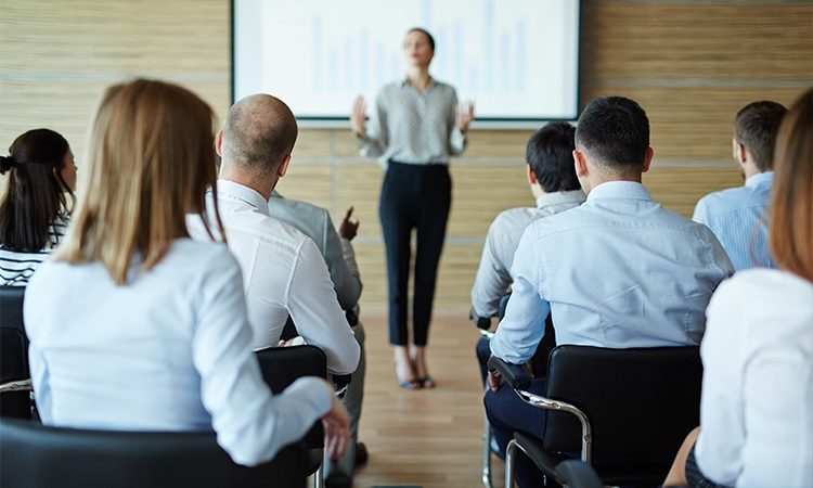 cursos-de-capacitacion-empresarial-750x450